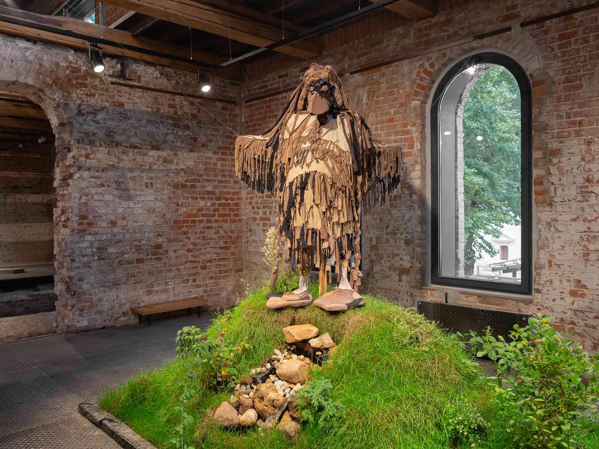 Sergey Kishchenko, Maxim Ilyukhin, King of the Hill (Tsar Mountains), (2017-2018). A mixed-media installation in the Form of an Ecosystem